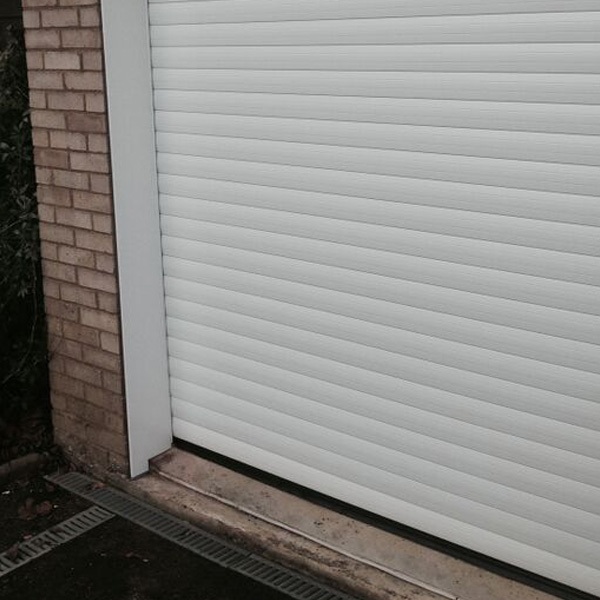 Thermaglide 77 Roller Garage Door In White Elite Gd