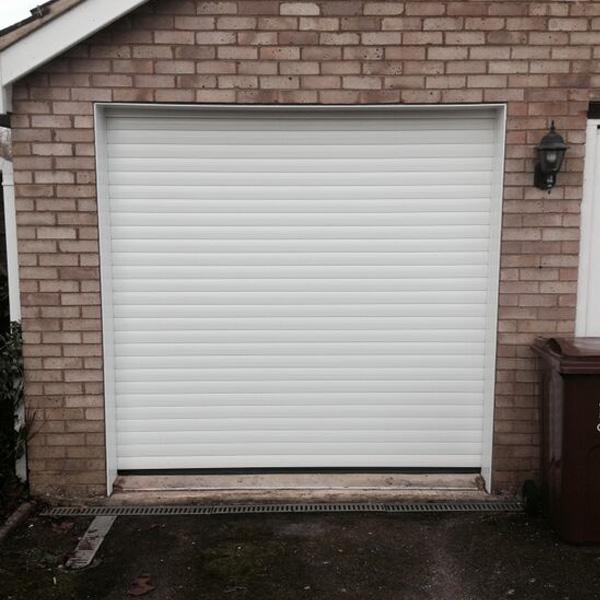 Thermaglide 77 Roller Garage Door In White Elite Gd