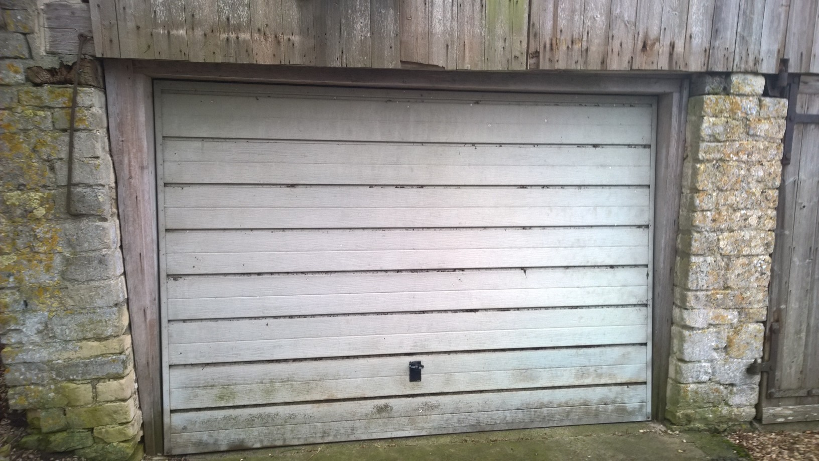 Cardale novoferm steel georgian garage door in dusty grey with air before air vents in garage door rubansaba