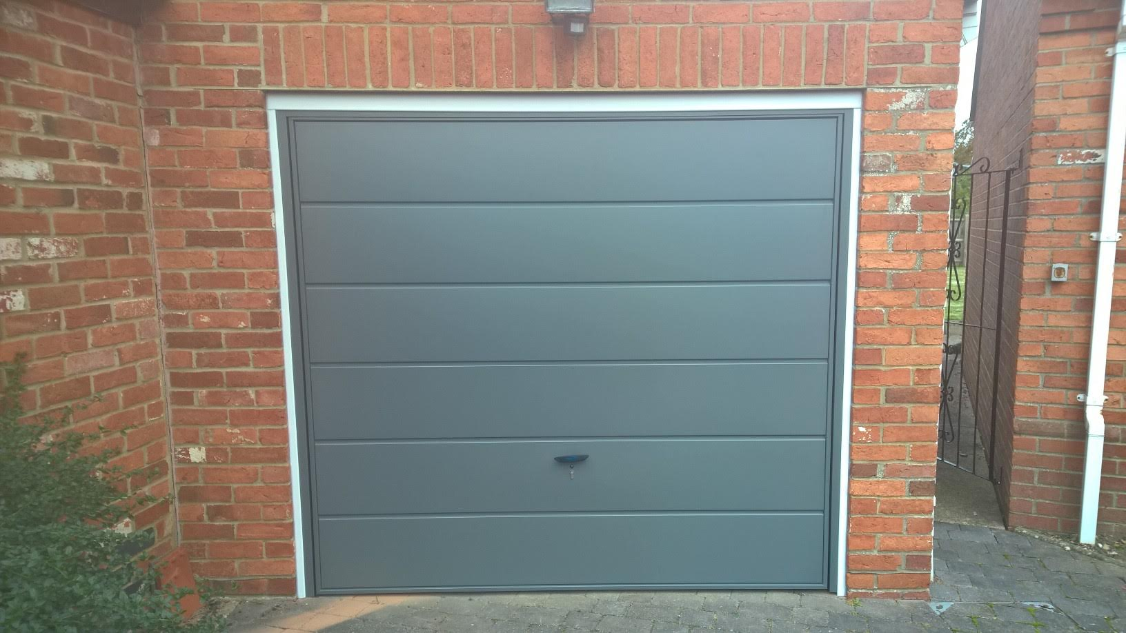 Havenhorsham up and over garage doors elite gd metallic grey anthracite grey rubansaba