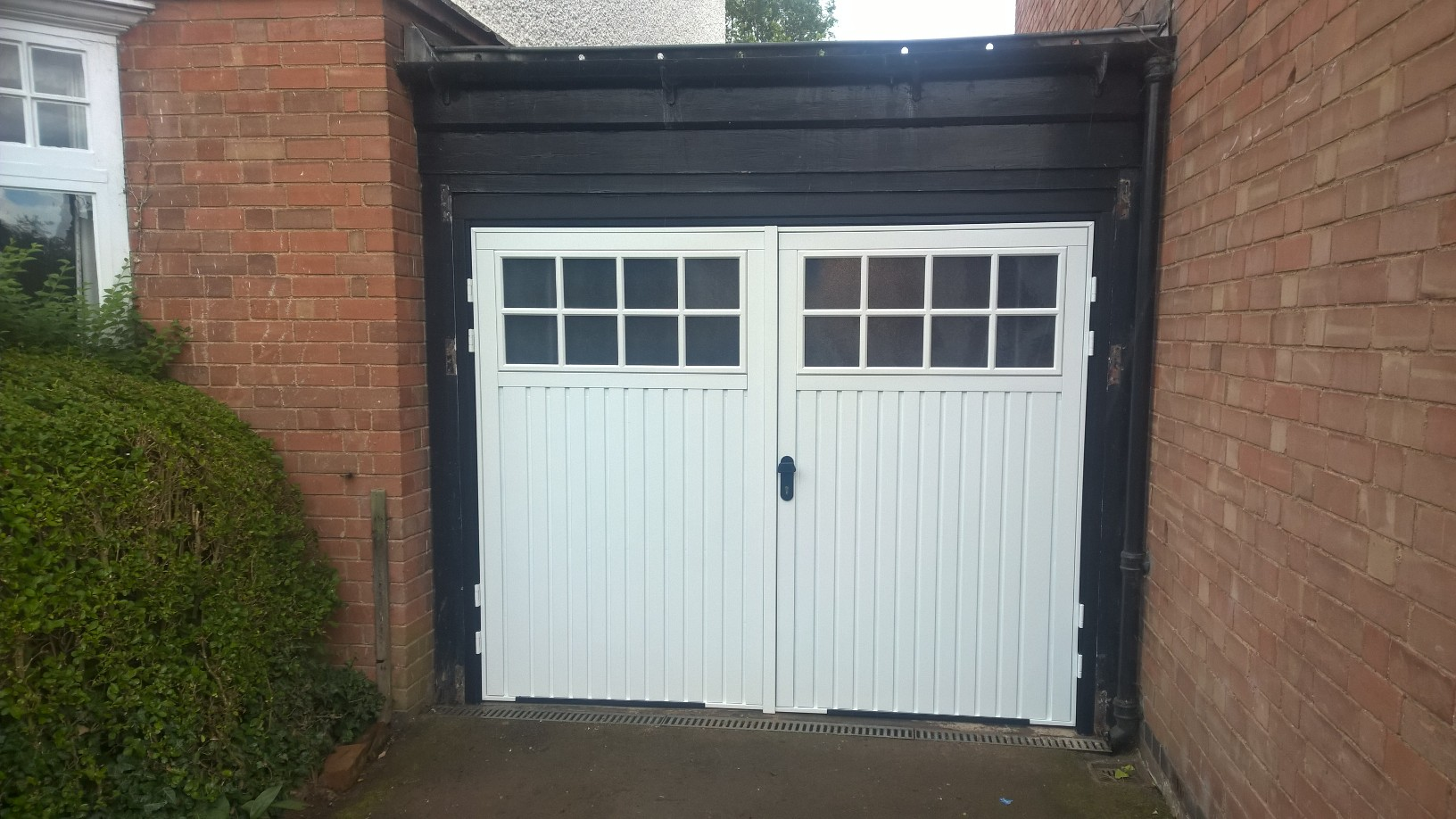 Side Hinged Garage Door In Stratford Upon Avon Elite Gd