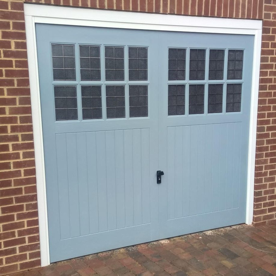 Grp Retractable Up And Over Garage Door In Ral 7001 Elite Gd