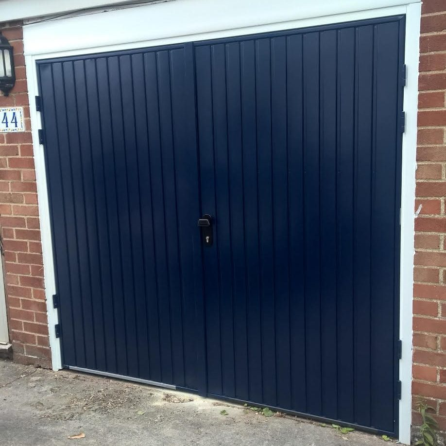 SIDE HINGED GARAGE DOOR YARNTON