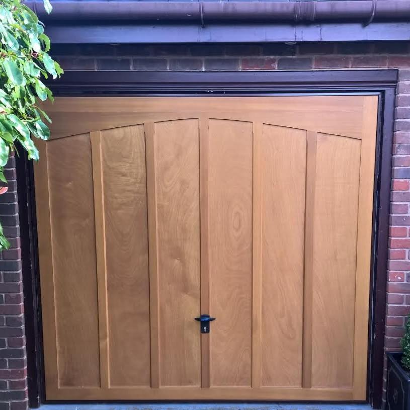 timber garage door installation warwickshire