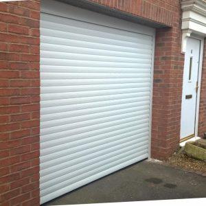 garage door to car port