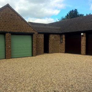 garage doors hempton